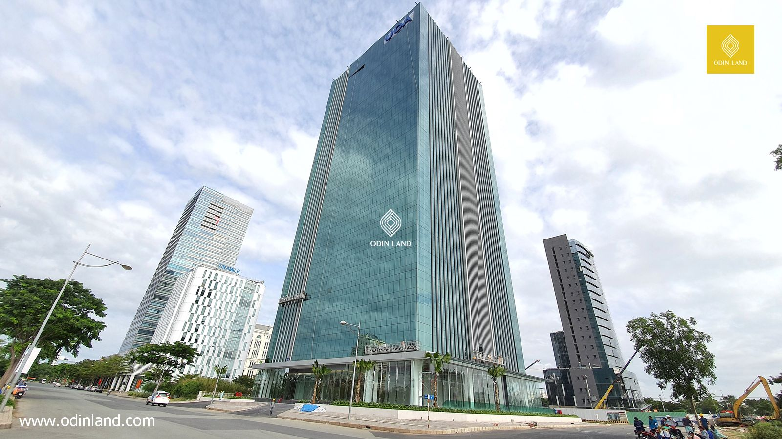 Office for lease at UOA Tower