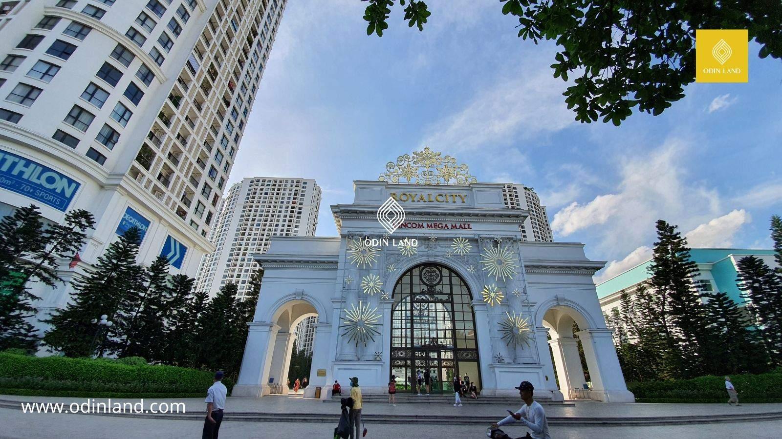Van Phong Cho Thue Toa Nha Royal City 3