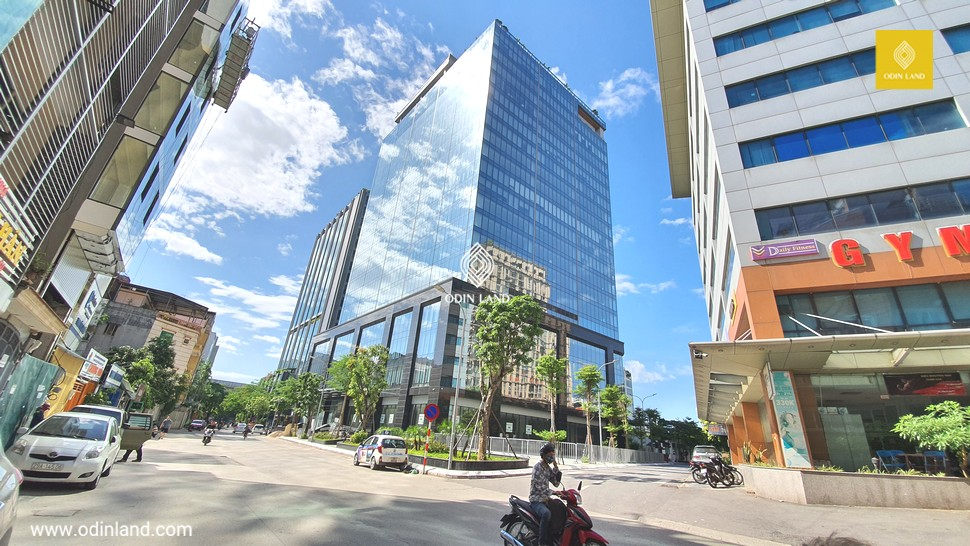 Van Phong Cho Thue Toa Nha D2 Peak View Tower 15