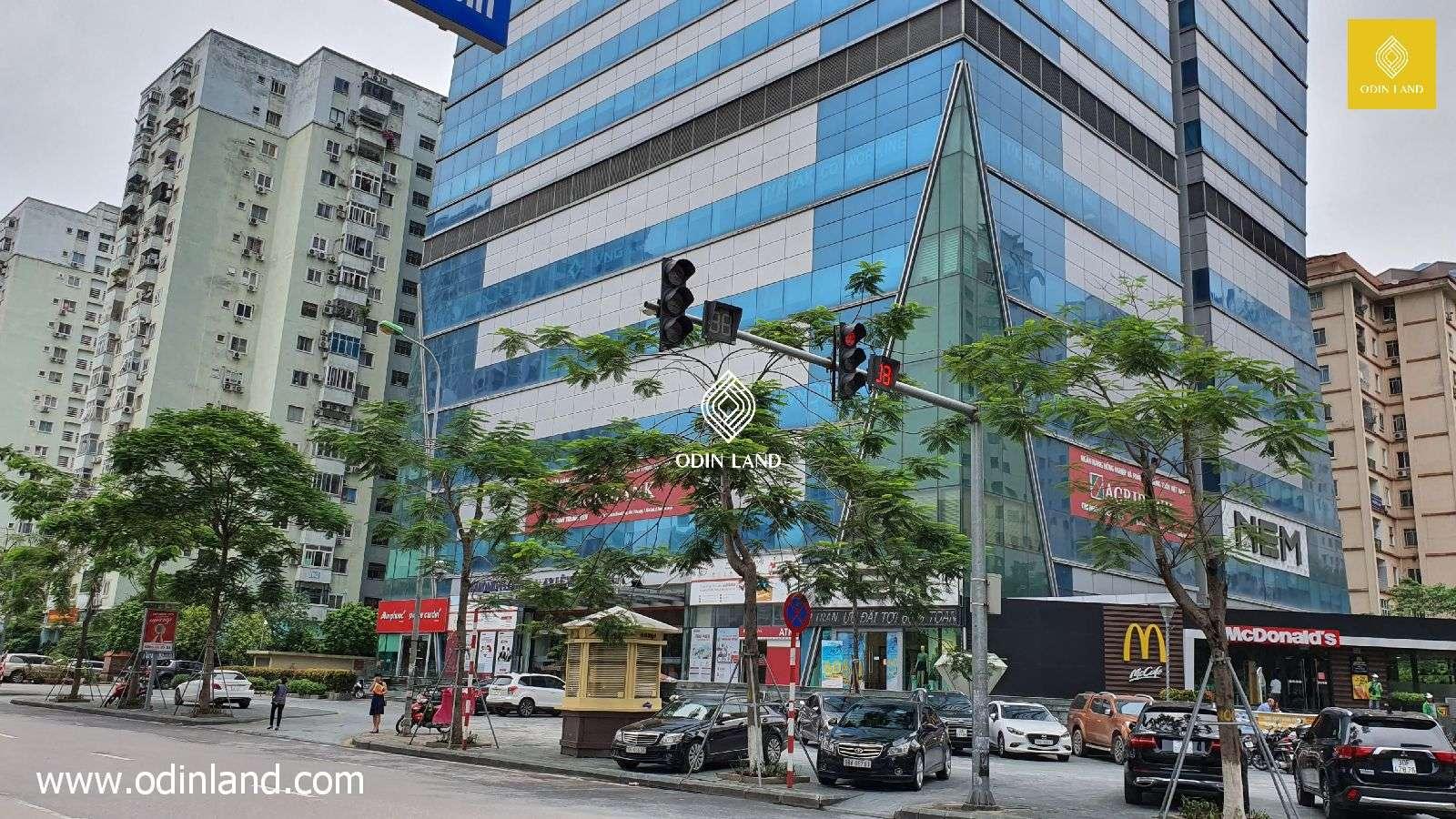 Van Phong Toa Nha Cho Thue Diamond Flower Tower(3)